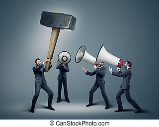 muitos, homens negócios, com, enorme, megafones