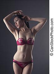 mujer asiática, posar