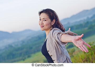 mujer, bastante, brazos, libertad, abierto, expresar