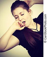 mujer, bostezando, joven, cansado