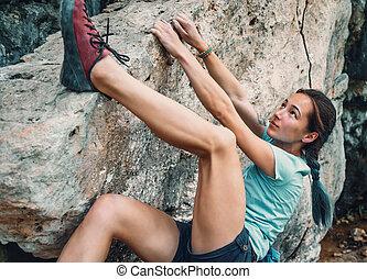 mujer, bouldering, el, rocoso, piedra