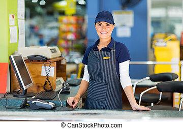 mujer, cajero, supermercado, trabajando