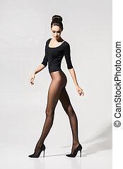 mujer, calcetería, posar, talones, seductor, hermoso