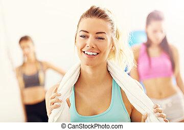 mujer, cansado, entrenamiento, después, satisfecho, pero, ...