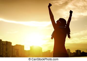 mujer, celebrar, deporte, éxito