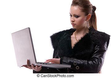 mujer, con, un, computador portatil