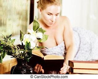 mujer, concepto, viejo, joven, lee, libro, ventana., ...