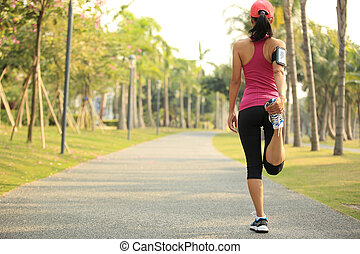 mujer, corredor, arriba, tibio, al aire libre