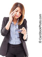 mujer de negocios, activante, ella, tarjeta, credito
