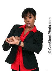 mujer de negocios, apurado, el mirar, ella, reloj
