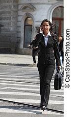 mujer de negocios, ciudad