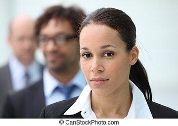 mujer de negocios, colegas, ella