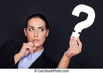 mujer de negocios, pregunta, tenencia, marca