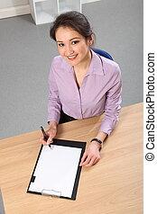 mujer de negocios, sentar escritorio