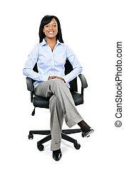 mujer de negocios, silla, oficina, sentado