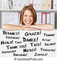 mujer de negocios, usted, dice, agradecer, feliz