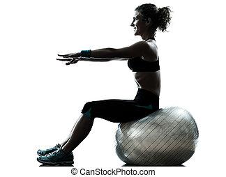 mujer, ejercitar, bola de la aptitud, entrenamiento, silueta
