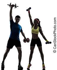 mujer, ejercitar, condición física, entrenamiento, con, hombre, entrenador