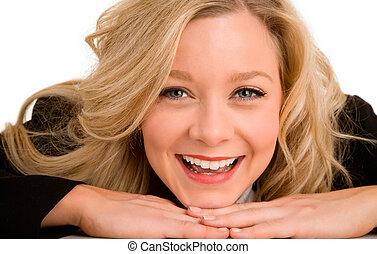 mujer, ella, colocar, rubio, escritorio, sonriente