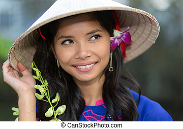 mujer, ella, vietnamita, pelo, flor, bastante
