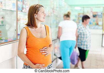 mujer, embarazada, farmacia