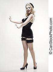 mujer, en, retro, lingerie.