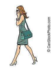 mujer en vestido, hablar teléfono