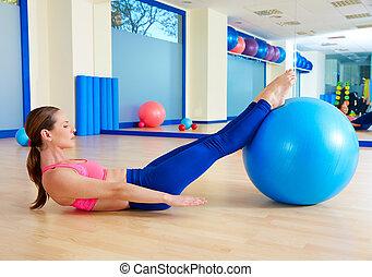 mujer, entrenamiento, fitball, pilates, cien, ejercicio