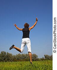 mujer feliz, saltar aire