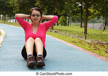 mujer, hacer, situps