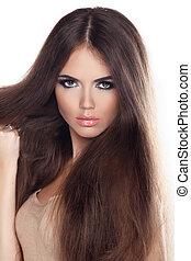 mujer hermosa, con, largo, marrón, hair., primer plano, retrato, de, un, modelo, posar, en, studio.