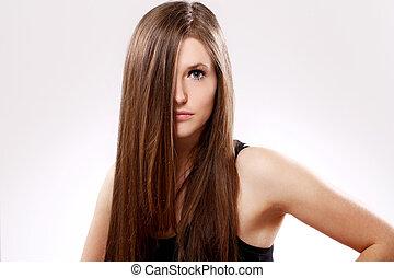 mujer hermosa, con, pelo largo