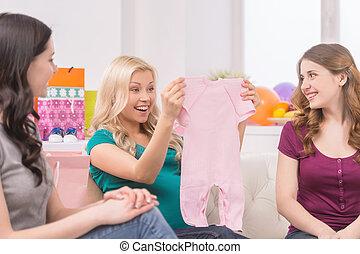 mujer hermosa, ella, embarazada, shower., regalos, bebé,...