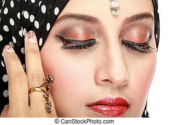 mujer hermosa, ojo, con, maquillaje