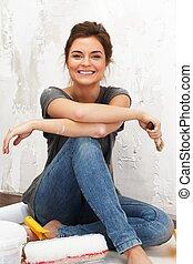 mujer hermosa, pared, joven, pintura, feliz