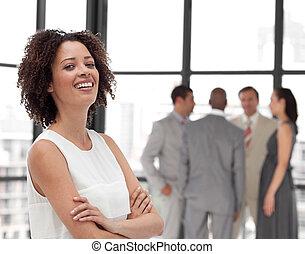 mujer hermosa, potrait, equipo negocio, sonriente