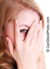 mujer, isolated., tímido, dedos, asustado, echar una ojeada, por