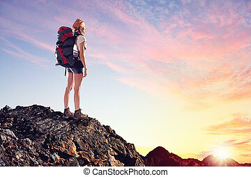 mujer joven, alpinista