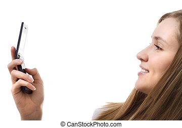 mujer joven, con, teléfono móvil, aislado, sonrisa