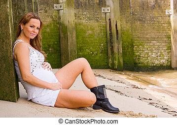 mujer, joven, embarazada