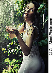 mujer joven, en, un, selva tropical