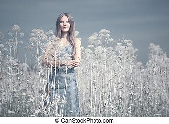mujer joven, en, un, verano, campo