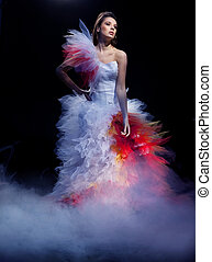 mujer joven, llevando, vestido de la boda