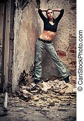 mujer joven, moda