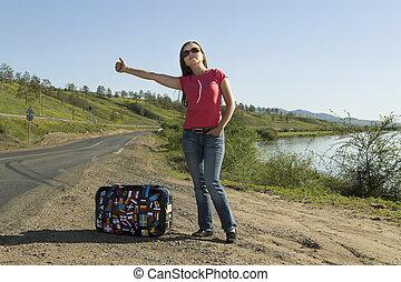 mujer joven, turista, en, el, pista