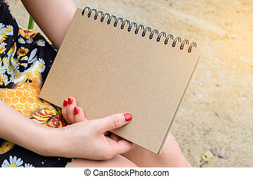 mujer, libro, tenencia