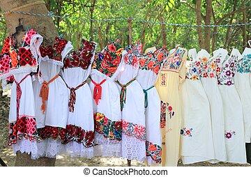 mujer, méxico, maya, yucatán, bordado, vestido