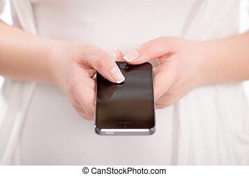 mujer, móvil, arriba, teléfono, utilizar, cierre, elegante