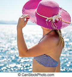 mujer, mar