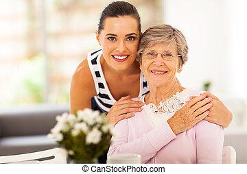 mujer mayor, bastante, madre